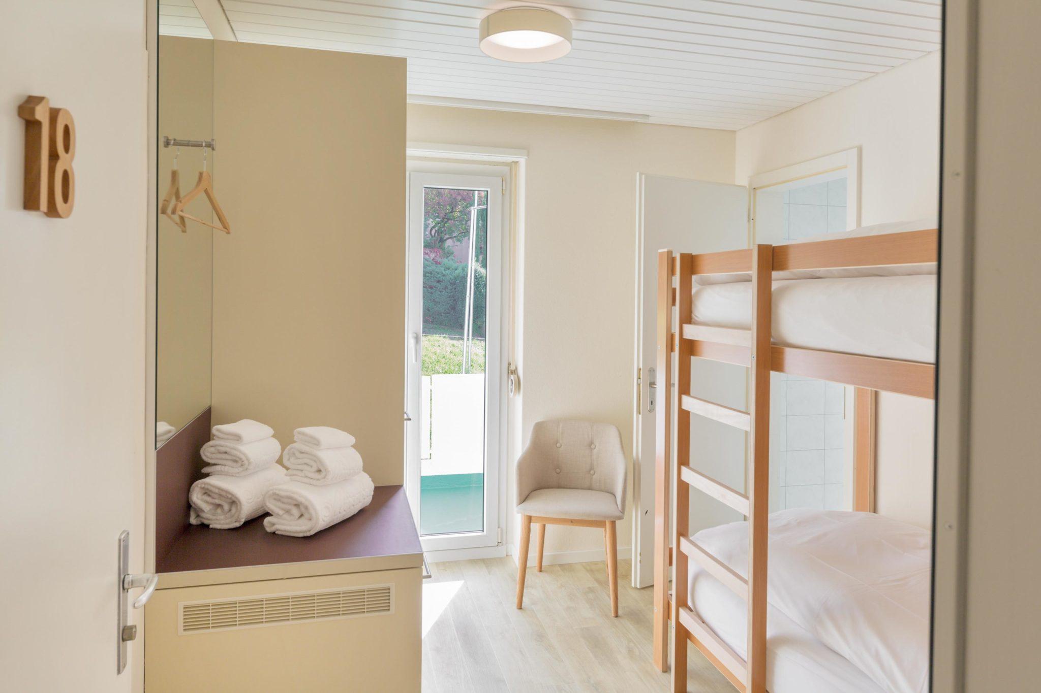 Etagenbett Schutzgitter : Tolles etagenbett stabil und sehr gut erhalten weiß blau in